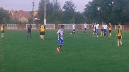 U17: U19: 1 győzelem és 1 döntetlen a nyitányon